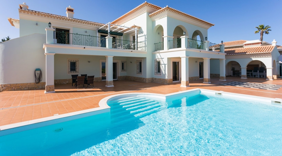 Lagos,5 Bedrooms Bedrooms,5 BathroomsBathrooms,Villa,EAV-2038
