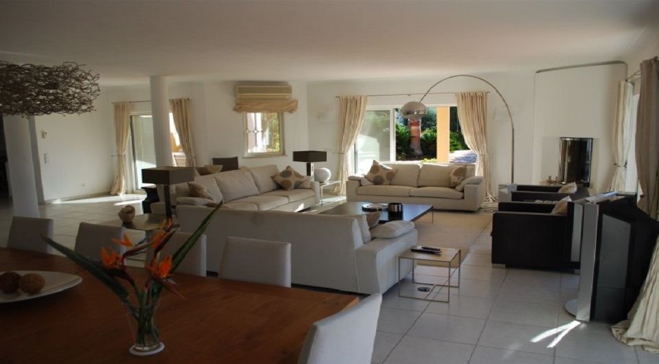 Lagoa,4 Bedrooms Bedrooms,4 BathroomsBathrooms,Villa,EAV-2640